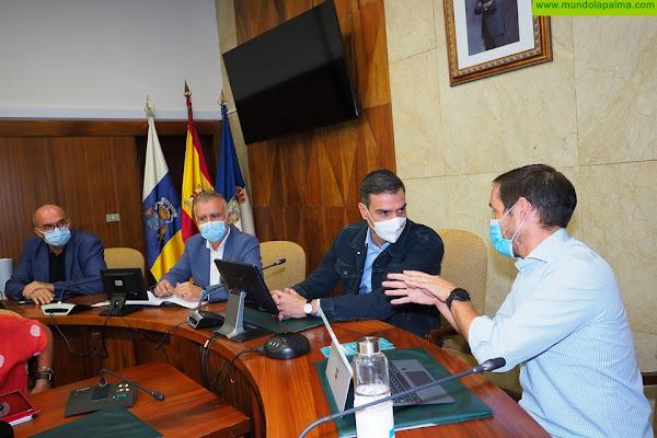 El presidente de Canarias anuncia que se ha evacuado a unas 5.000 personas por el Volcán de La Palma