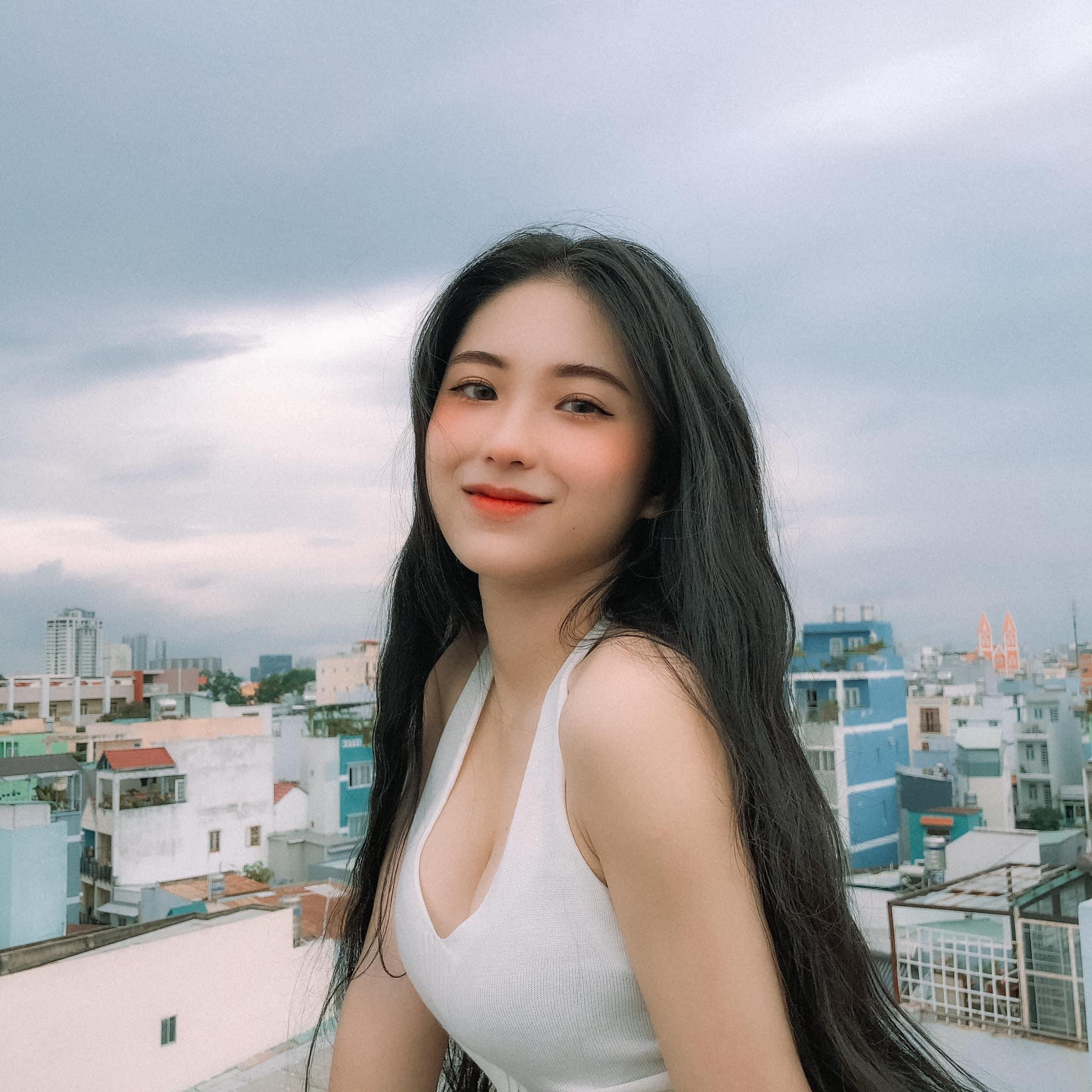 Hot girl Nguyễn Thị Kim Anh xinh xắn và cực dễ thương - 13