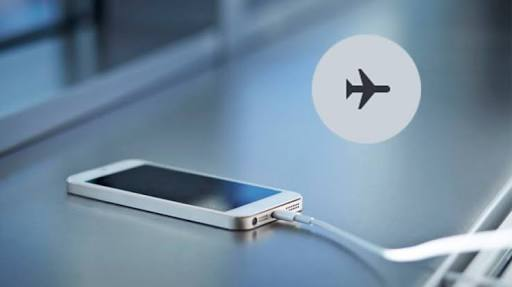 Top Reasons To Use Airplane Mode Even When You're Not Flying
