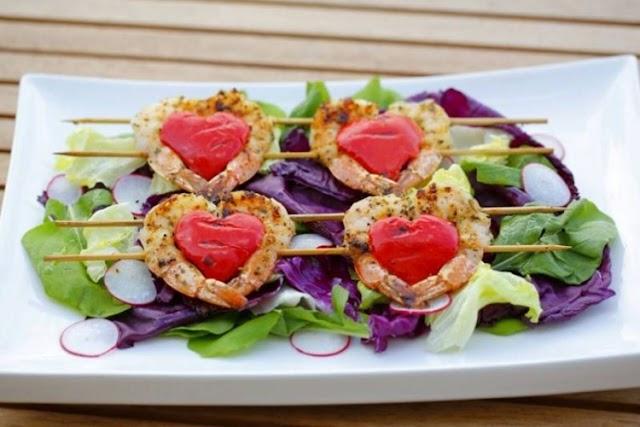 جمبري مشوي بالأعشاب لعشاء يوم الحب