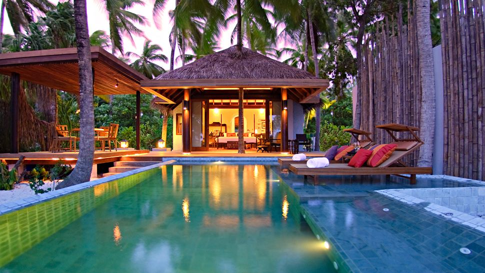 Escape Paradise Anantara Kihavah Villas Maldives