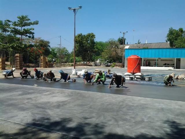 Pengerjaan Lapangan Tenis Kabupaten Tulungagung