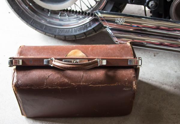 PauMau blogi rompetori kirppis kirpputori vanha lääkärinlaukku vanha laukku vintage old doctors bag