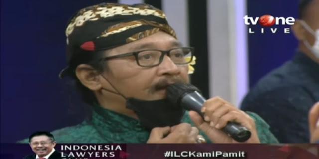 Pakai Blangkon Dan Bunga Kamboja, Sujiwo Tejo: Menghargai Penguburan ILC