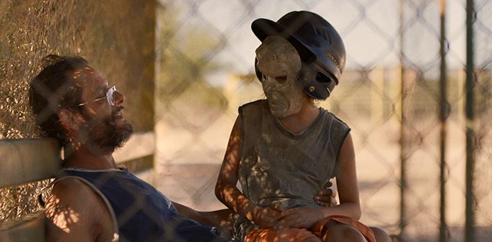 Compra-me um Revólver: terra de ninguém e uma realidade sem mulheres no filme de Julio Hernández Cordón | Cinema