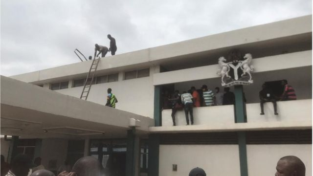 Edo House of Assembly roof dismantled, mace taken down [Video]