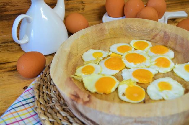 las delicias de mayte, como hacer huevos en miniatura, congelar huevos, huevos congelados, huevos congelados y fritos, huevos fritos, huevos fritos en miniatura, mini huevos,
