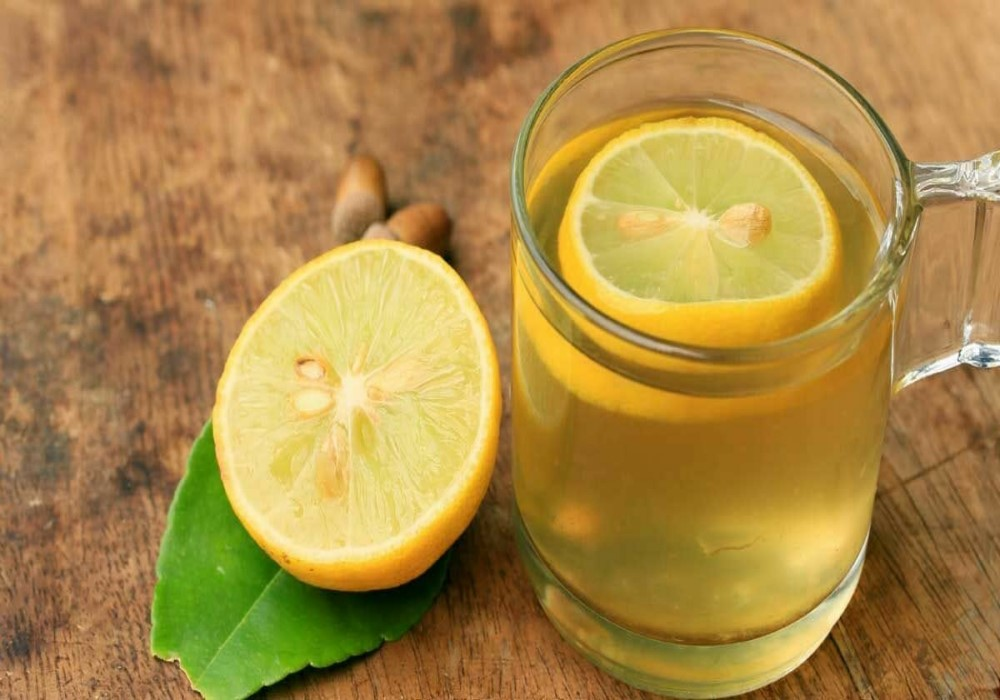 This Lemon and Salt Drink Can Stop Migraine Within Minutes