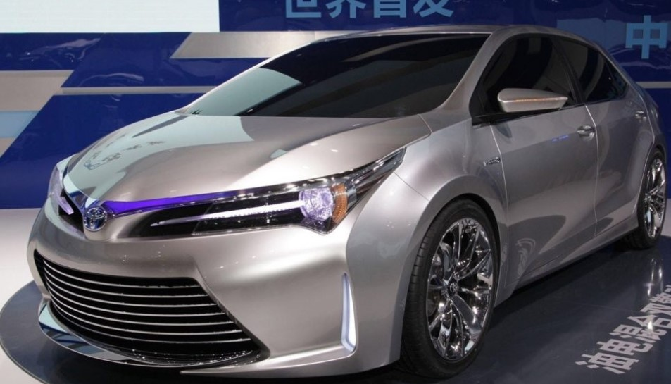 2020 Toyota Camry Expert Reviews, Specs and Photos