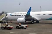 Pemerintah Melarang Mudik, Garuda Indonesia dan Air Asia Tetap Beroperasi