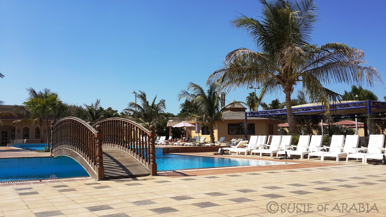 Jeddah Daily Photo: Resort Like Living - in the Compound