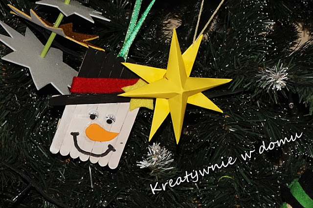 http://www.kreatywniewdomu.pl/2017/12/gwiazdki-ozdoby-choinkowe-z-papieru.html