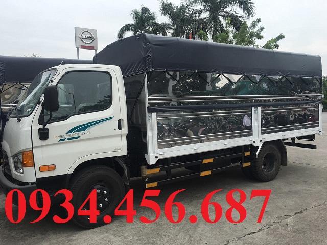 Xe tải Hyundai 7 tấn 110s thùng bạt