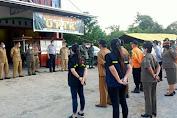 Anggota Kodim Sintang Ikuti Apel Penutupan Posko Jaga COVID-19 Di Desa Sepulut