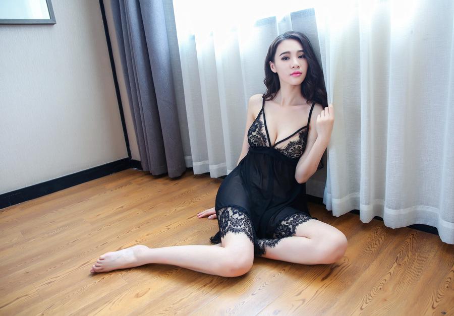 Đầm ngủ hở lưng quyến rũ sexy 2