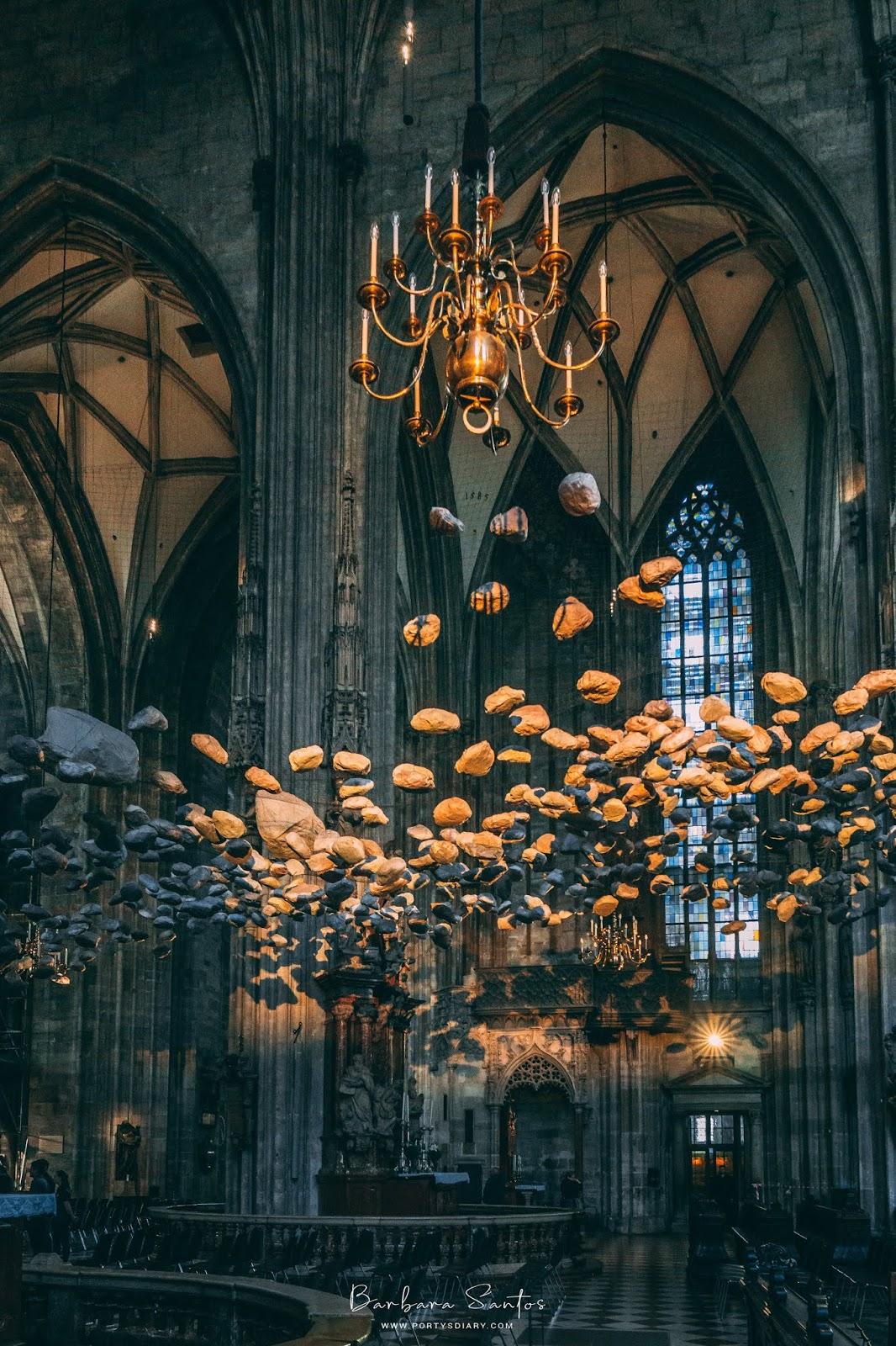 Inside of Stephansdom | Vienna - Travel