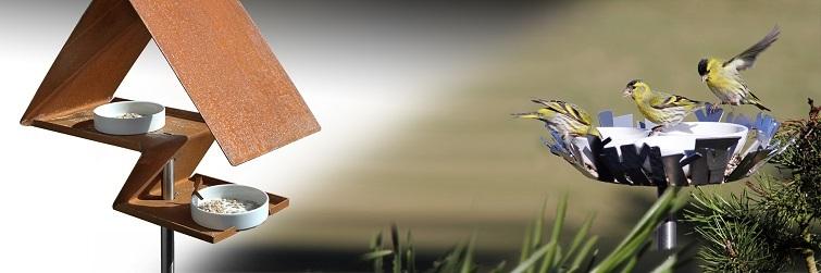 Moderne minimalistische Vogelhäuser