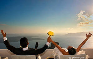http://www.studiokristo.com/santorini-wedding-photography-by-studio-kristo/