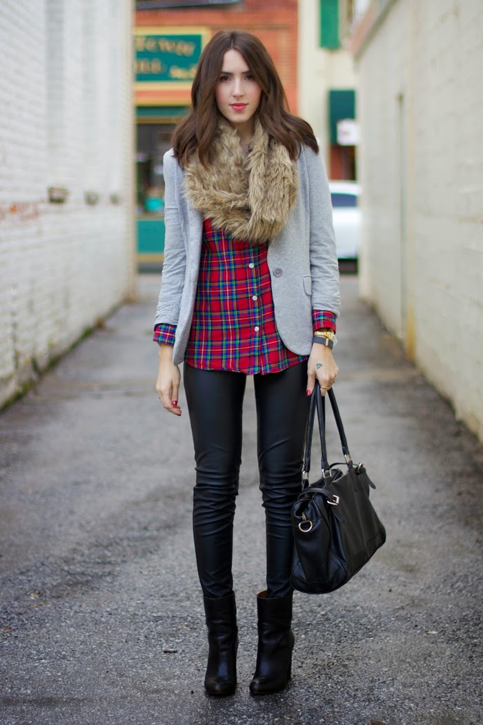 faux-fur-scarf-leather-pants