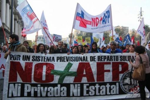 Chilenos demandarán este domingo mejoras en fondo de pensiones