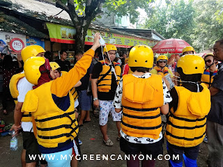 Sekretariat body rafting green canyon