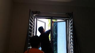 Warih Homestay : Menutup Tingkap Setelah Berpuashati Dengan Hasil Kerja Pembaikan