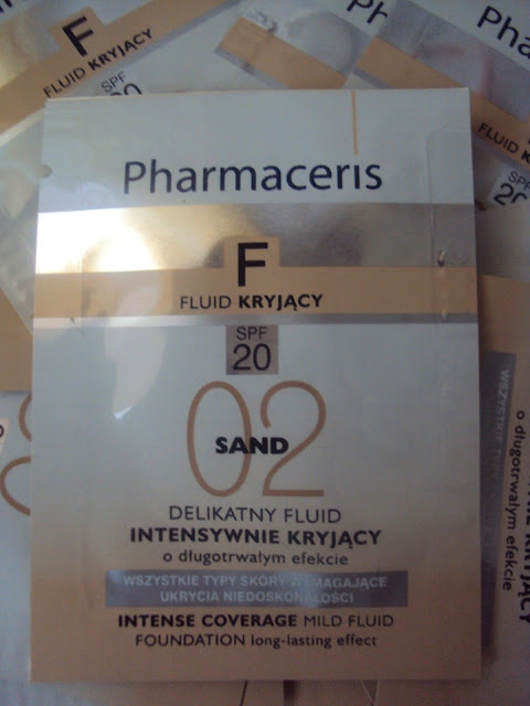 Pharmaceris fluid 02 Sand