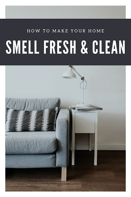 How to make your home smell good all the time. Use these easy life hacks to get rid of bad odors and make your house smell amazing. How to remove smells from pet odors and other bad smells. Use baking soda, sprays, wax burners, essential oils, simmering potpourri, candles and these DIY simple tips to make your house smell fresh. Includes natural and simple tips for fragrance. #homemaking #home #hacks