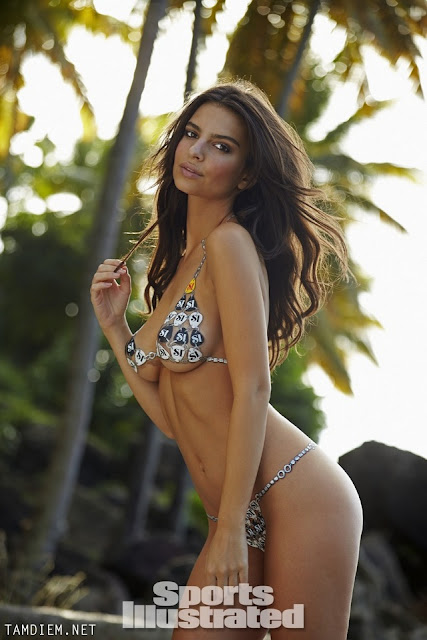 Hot girls Emily Ratajkowski nude sexy body painting 5