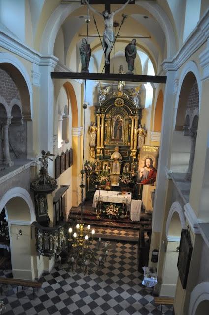 Romański kościół w Kościelcu Proszowickim - nawa