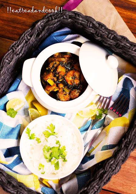 how to make Chingri Begun Pyajkolir Torkari / Bengali Mixed Vegetable curry with Eggplant, Prawns and Potatoes recipe and preparation