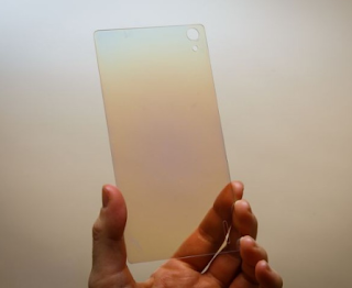 Smartphone dengan Layar Berlian Telah Hadir