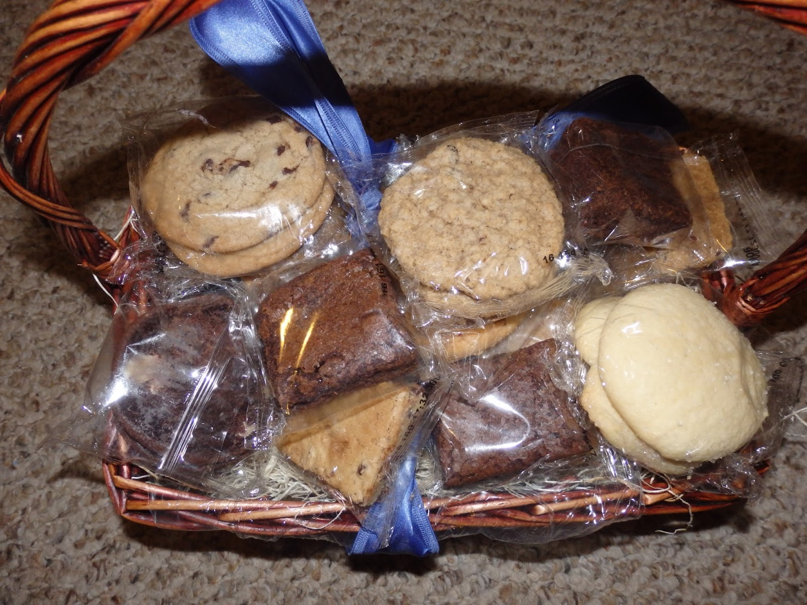New age mama holiday gift guide baked goods gift basket for Homemade baked goods for christmas gifts