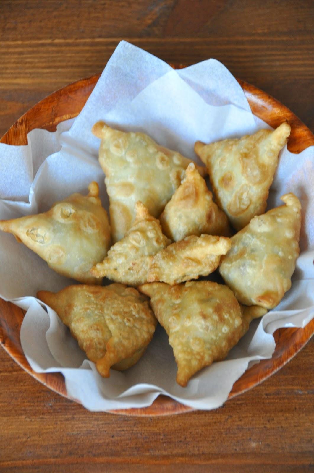 Ramadan Journal: Day 3: Food: Recipe for Chicken Samosa ...