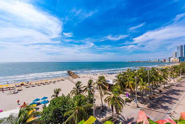 destinos-vacaciones-colombianos-Cartagena-Indias-Hotel-Almirante-turismo