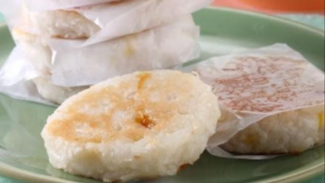 Membuat Kue Wingko Babat Untuk Hari Raya Idul Adha