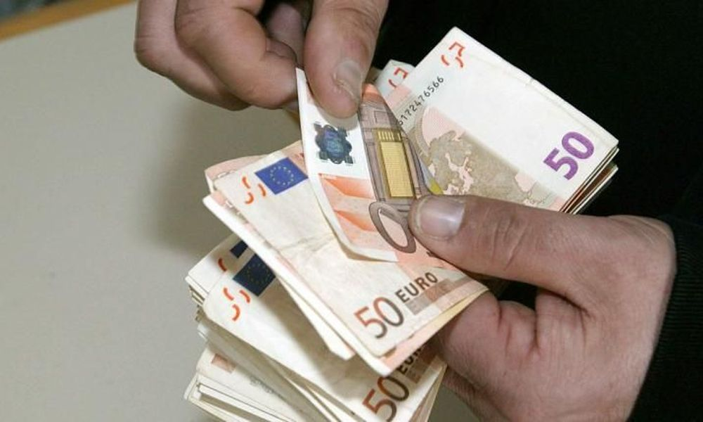 Ασύλληπτη απάτη: Μαϊμού υπάλληλοι της ΔΕΗ άρπαξαν 115.000 ευρώ!