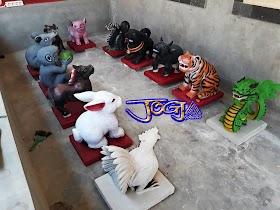 12 patung shio dari batu alam jogja