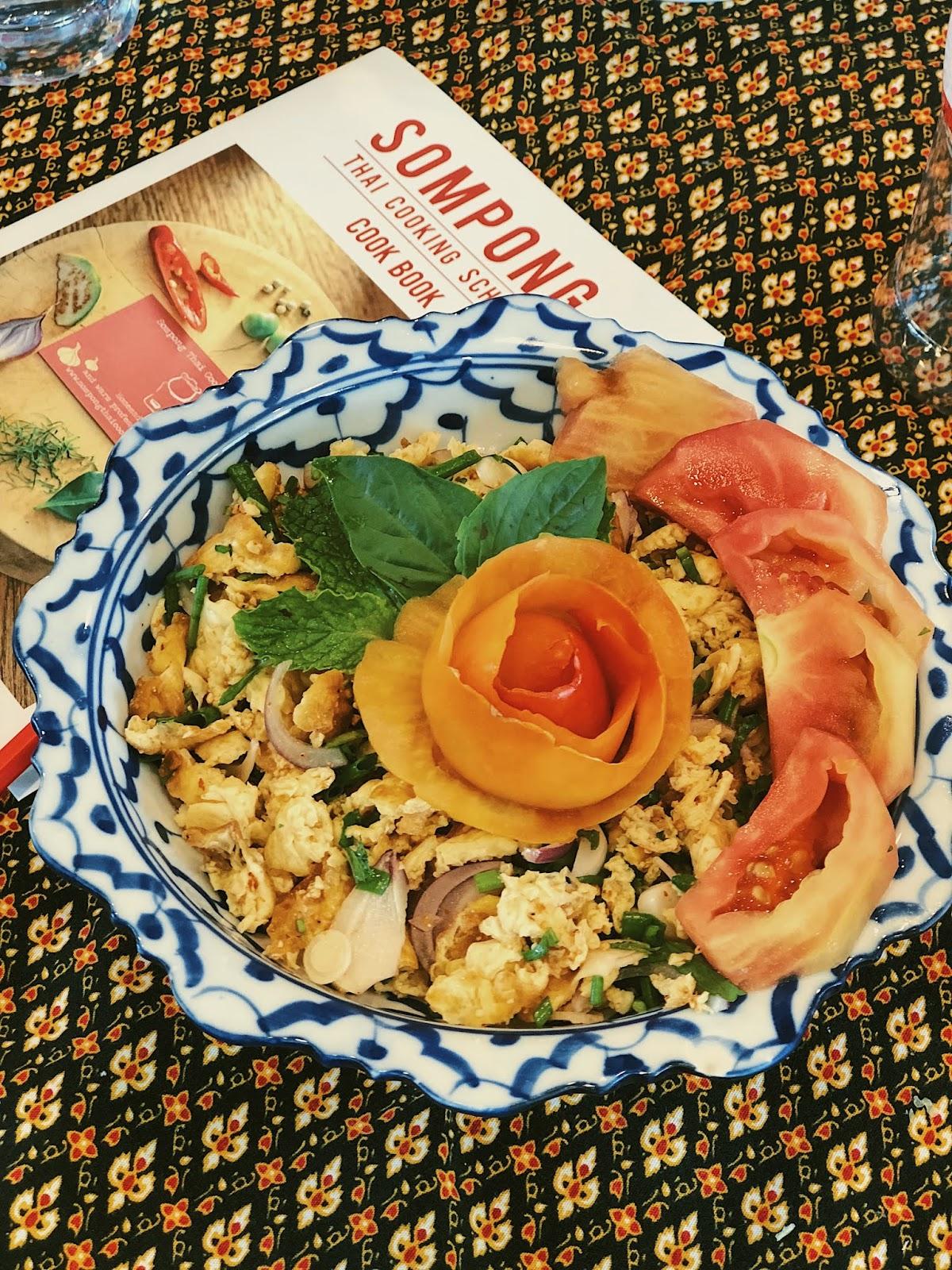 Spicy Thai Omelet Salad (Larb Kai Sa Moon Pai)