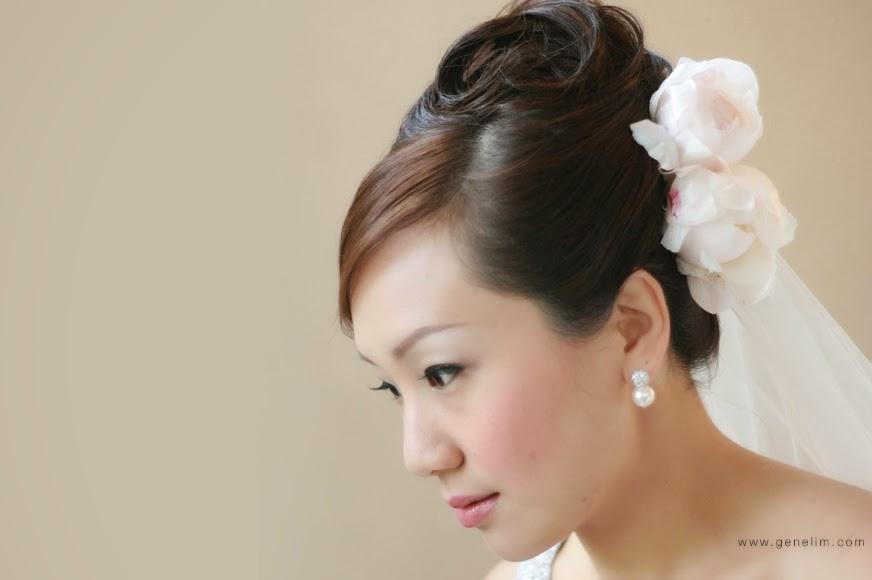 pearl earring nice eye liner