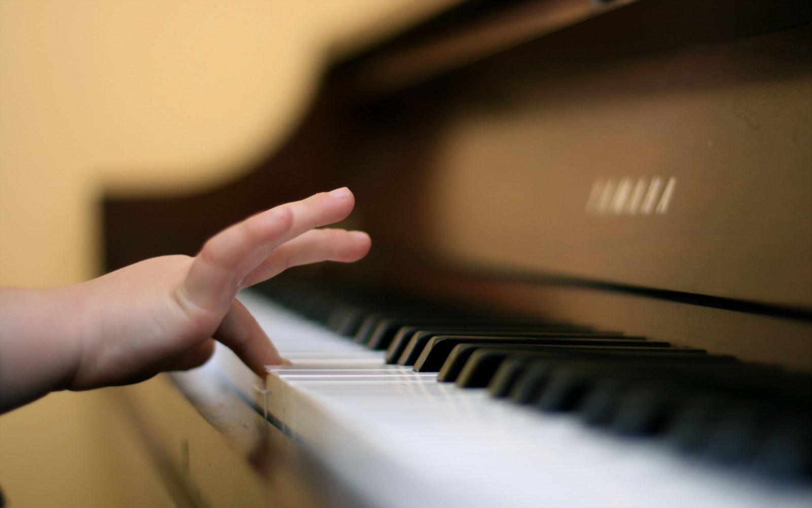 Tìm hiểu về các loại đàn Piano đứng Yamaha