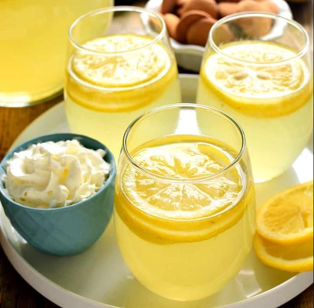 Lemon Meringue Sangria #summer #drink