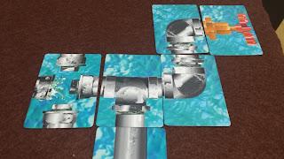 水道管ゲーム キャップカードを使用