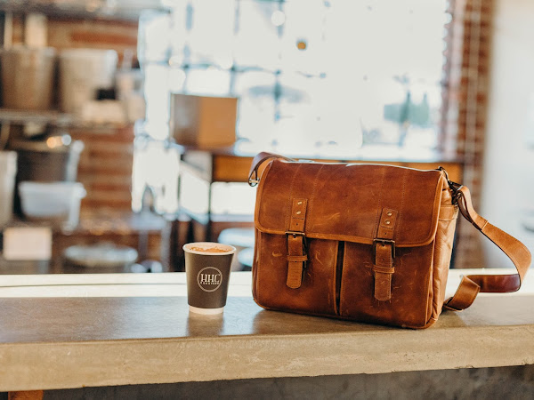 I Got My Very First ONA Bag + Cafe Hopping!