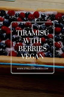 tiramisù frutti bosco vegan