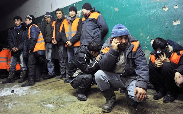 Талок. Талок. Талок. Как в Таджикистане мужчины разводятся с женами по телефону и СМС