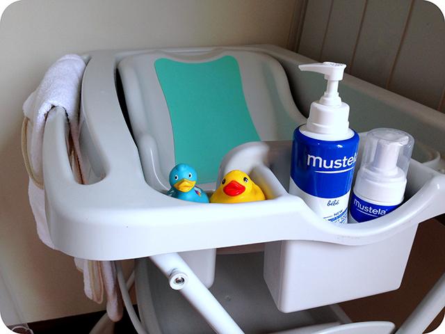 Banheira Splash Burigotto - Quarto de Bebê Azul e Branco com Ursinhos