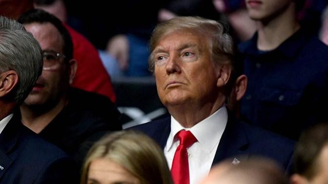 Trump dan Ukraine: Sebuah kronologi dari panggilan telefon ke impeachment