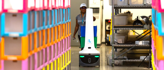 Marleylilly robot working with Locus Robot for order fulfillment