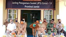 Kunker di Batanghari, Gubernur Jambi Salurkan Bantuan JPS Tahap II
